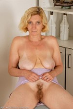All-Over-30-Sexy-MILF-Babes-Hillary