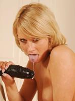wet-puffy-pussy-masturbating-babes-Iris