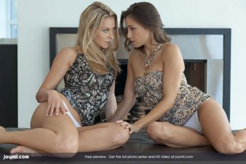 hot-lesbian-babes-celeste-lena